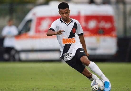 Riquelme, lateral-esquerdo do Vasco