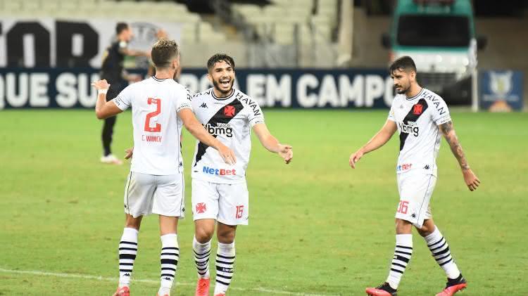 Claudio Winck, Andrey e Ricardo Graça durante Ceará 0 x 3 Vasco pelo Brasileirão 2020