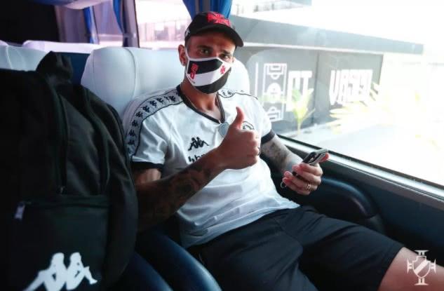 Leandro Castan em viagem para Poços de Caldas-MG