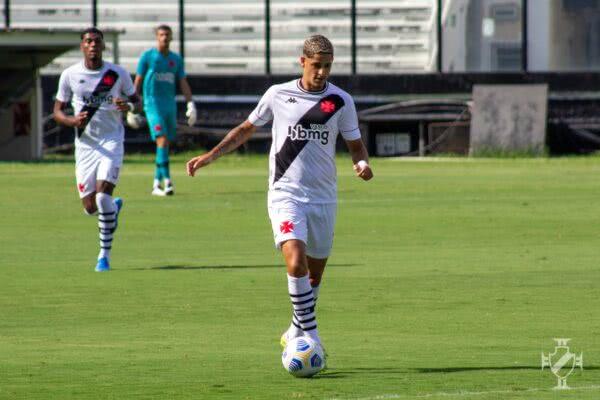 JP Galvão durante o jogo contra o Planaltina-DF