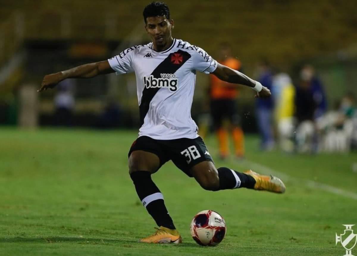 Laranjeira durante o jogo contra o Fluminense