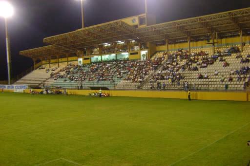 Los Larios receberá jogo entre Vasco e Madureira neste sábado