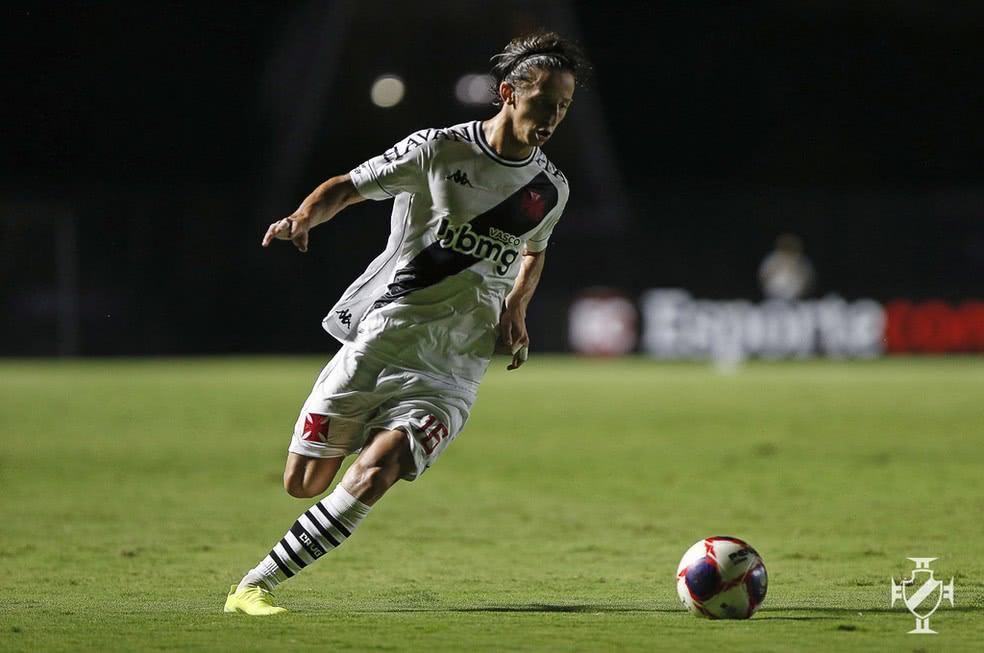 Matías Galarza em ação pelo Vasco contra a Portuguesa-RJ