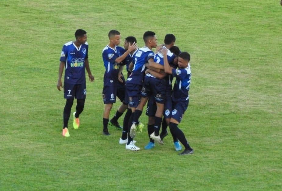 Jogadores da equipe sub-20 do São Raimundo-RR