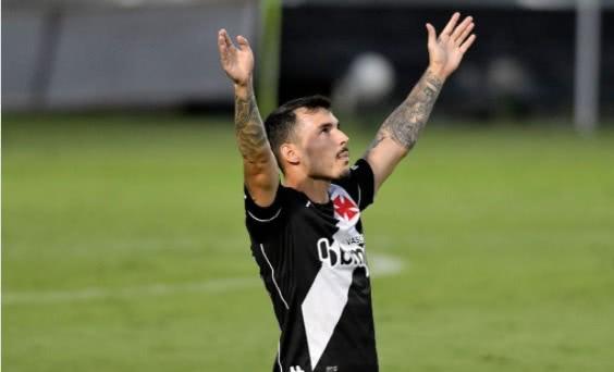 Zeca no clássico contra o Botafogo