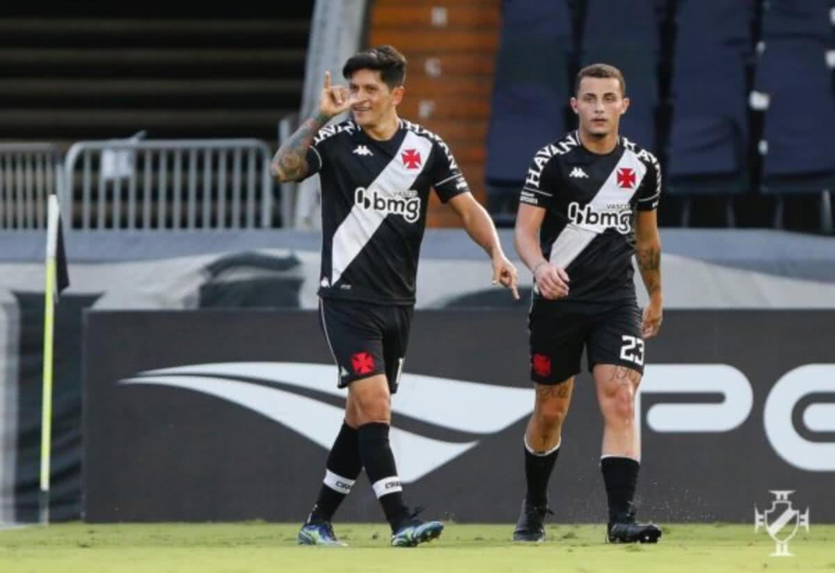 Germán Cano e Bruno Gomes em jogo contra o Resende