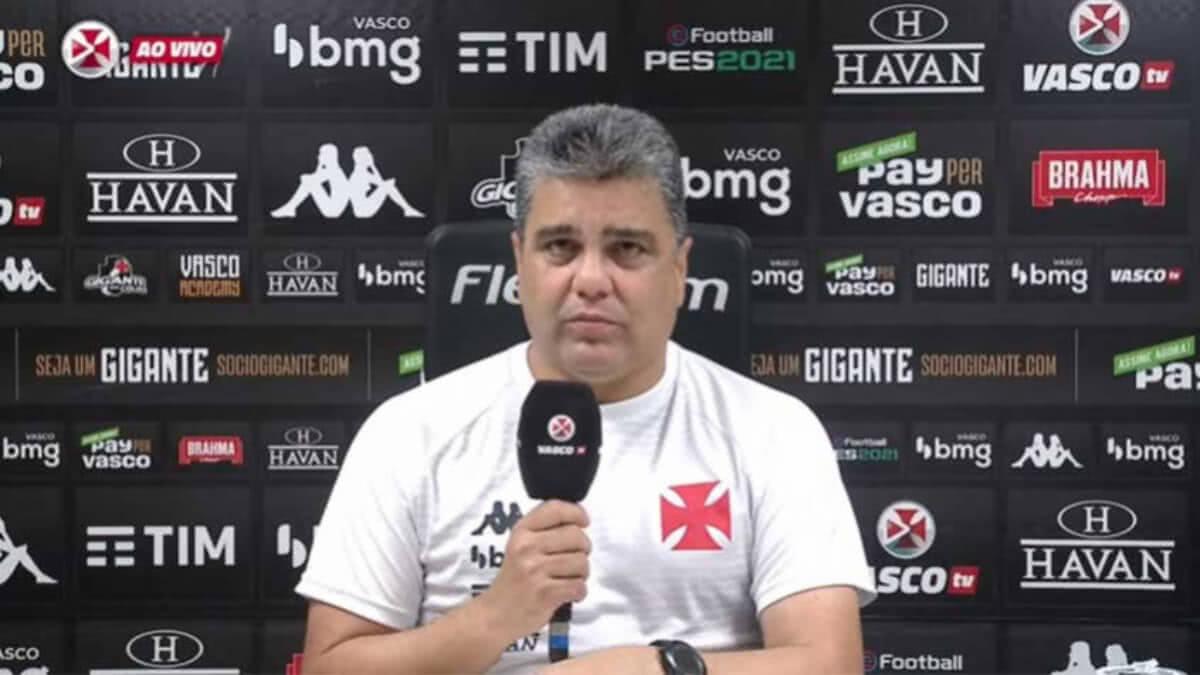 Marcelo Cabo durante entrevista após o jogo contra o Resende