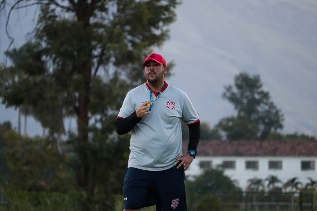 Marcelo Marelli, técnico do Bangu