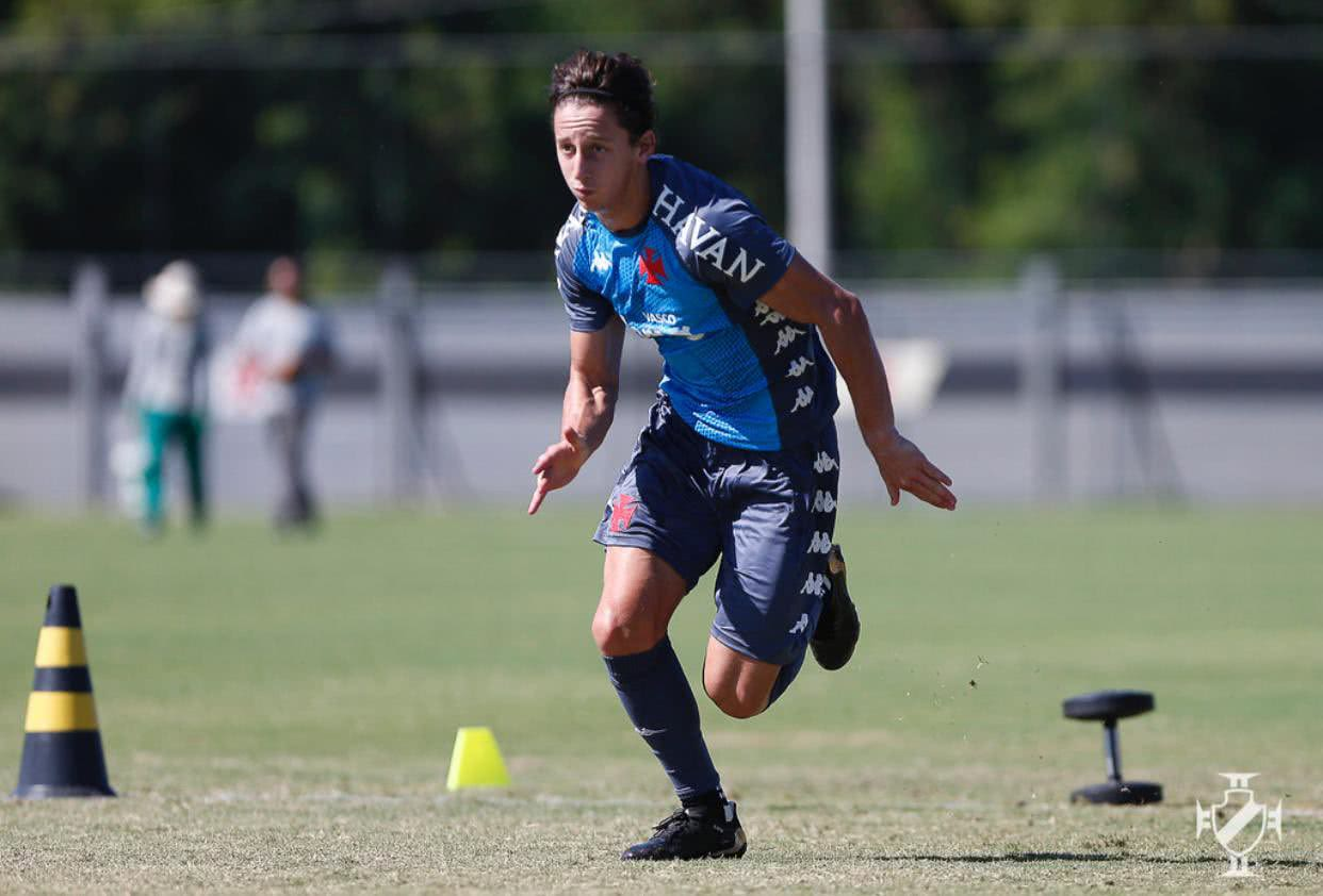 Matías Galarza durante treino do Vasco