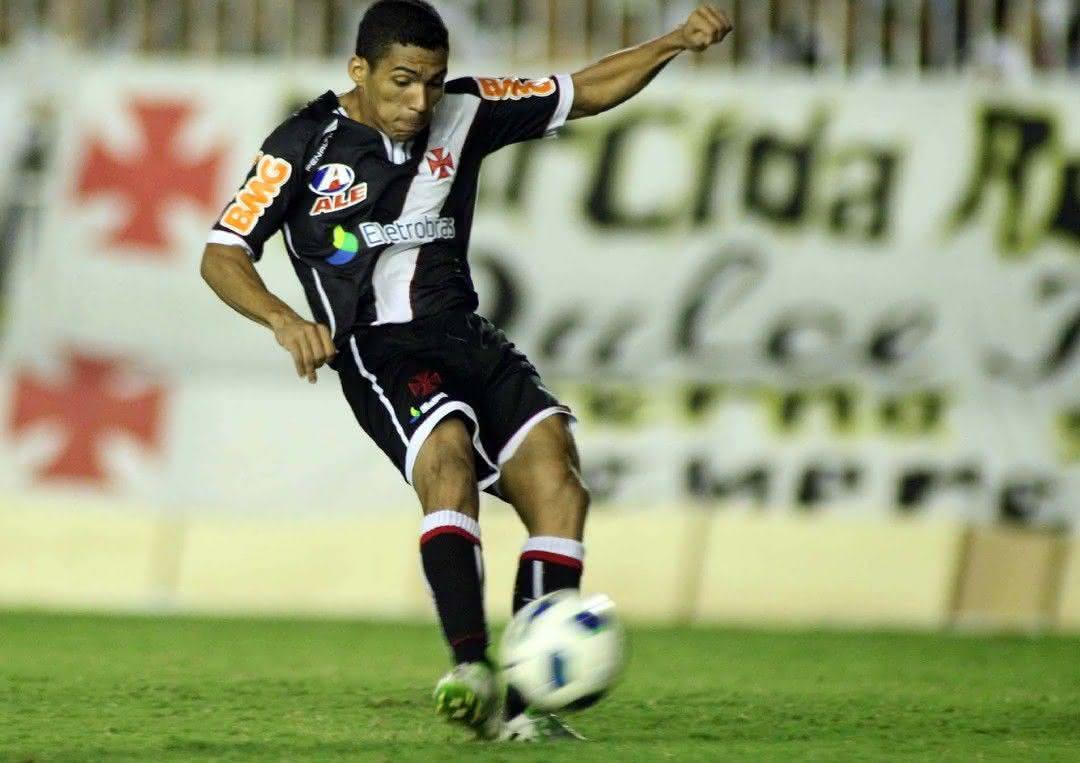 Allan defendeu o Vasco até o primeiro semestre de 2012