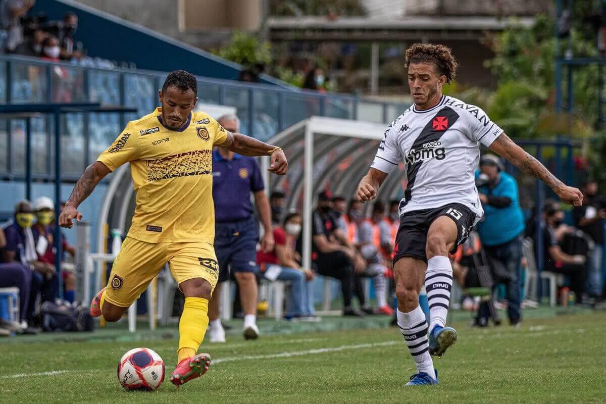 Figueiredo durante o jogo contra o Madureira