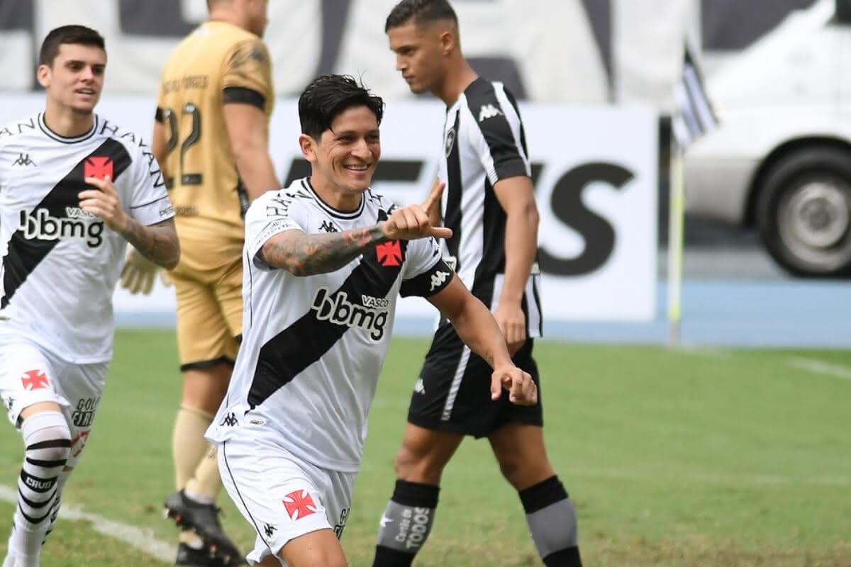 Cano comemorando gol contra o Botafogo
