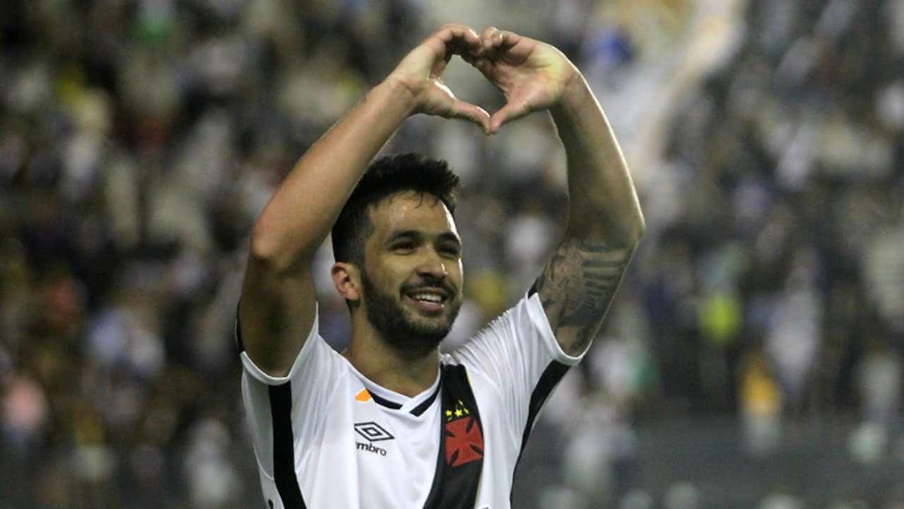 Luan vestiu a camisa do Vasco até 2017