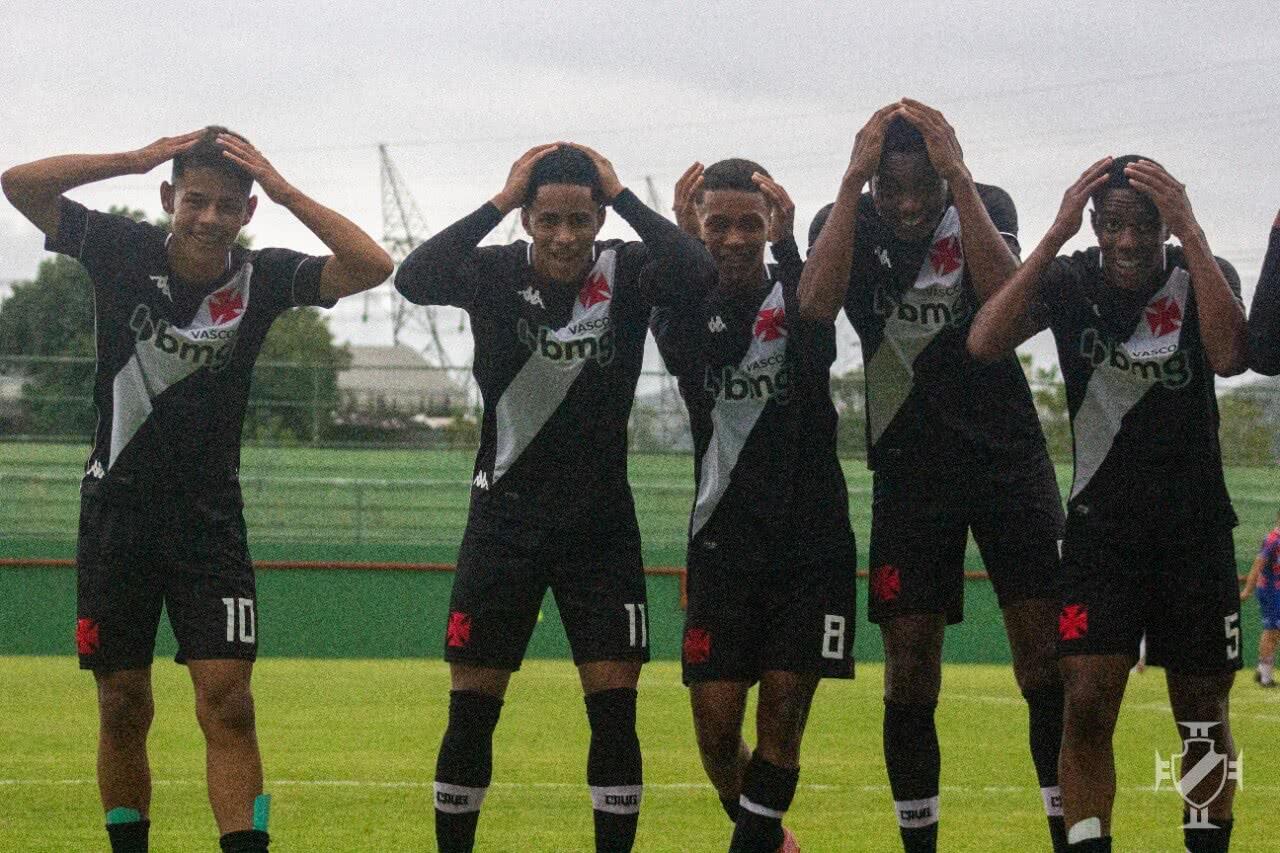 Comemoração do gol de Erick Marcus contra o Fortaleza