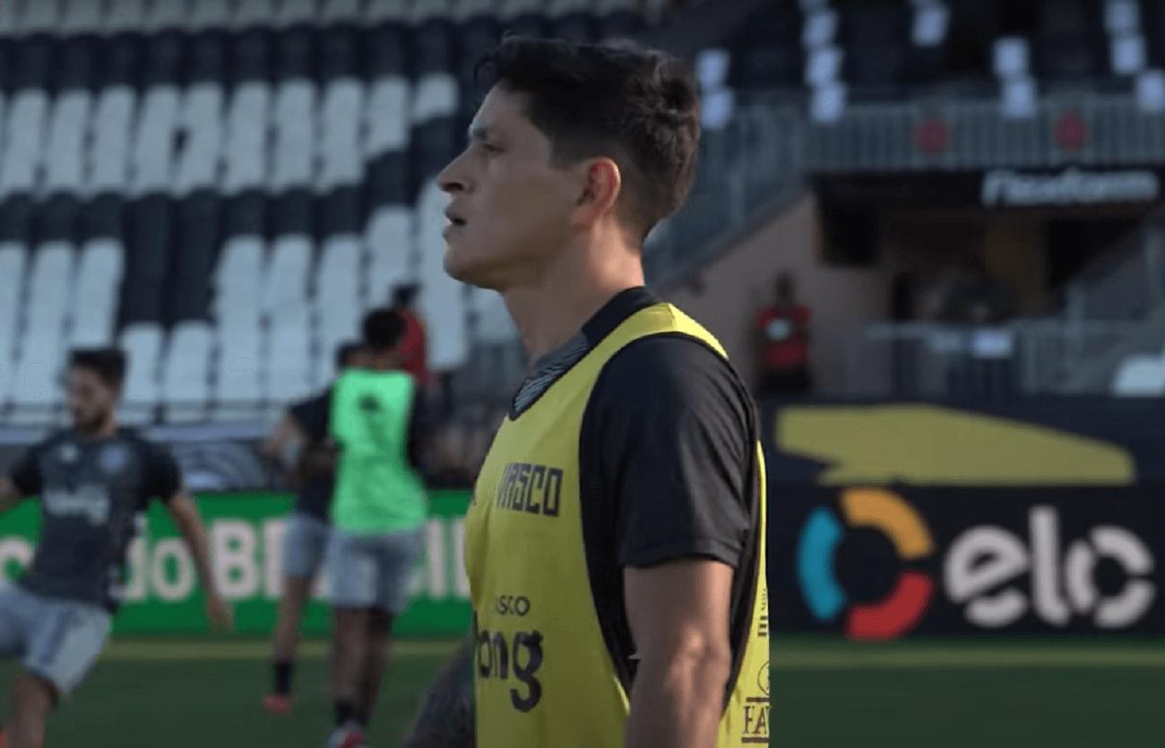 Germán Cano durante aquecimento de Vasco 1 x 1 Boavista pela Copa do Brasil 2021