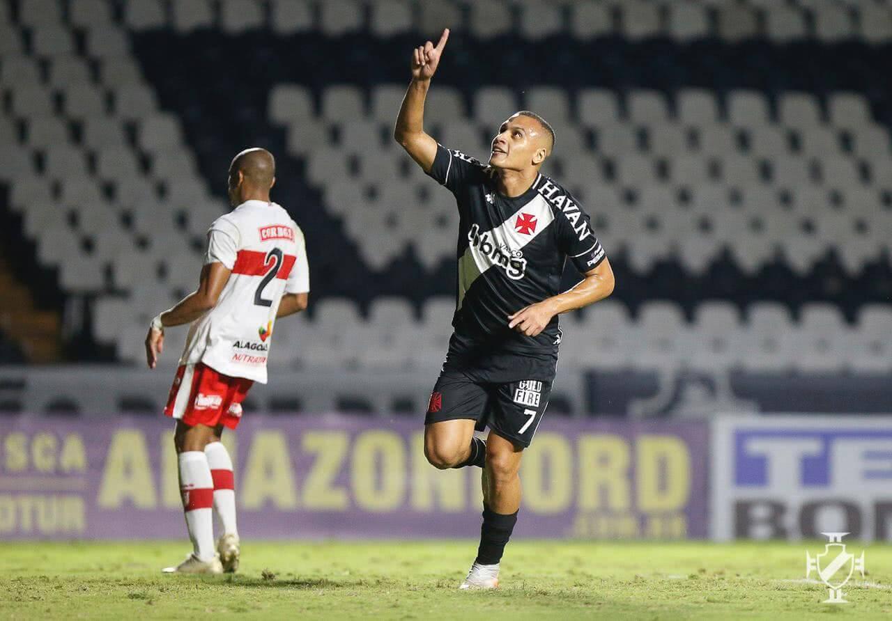 Léo Jabá durante o jogo contra o CRB