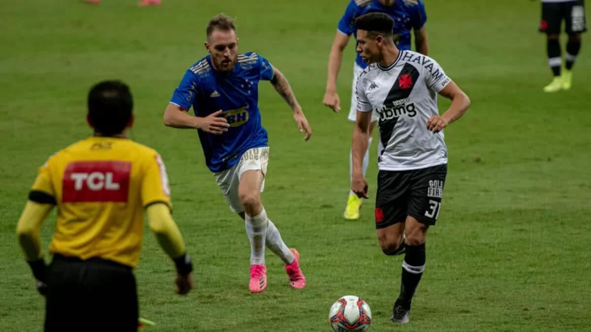 Marquinhos Gabriel em jogo contra o Cruzeiro