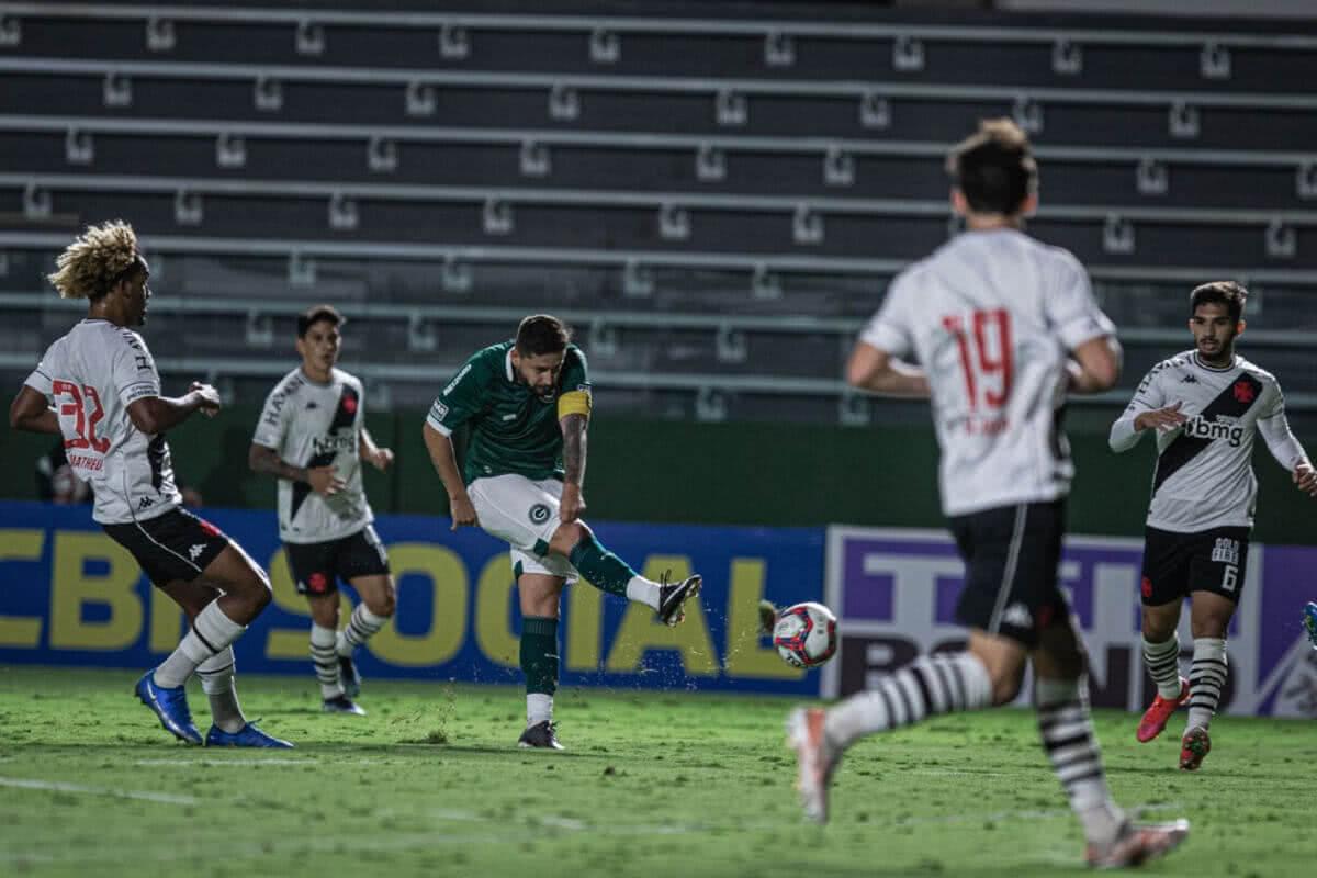 Vasco perde para o Goiás