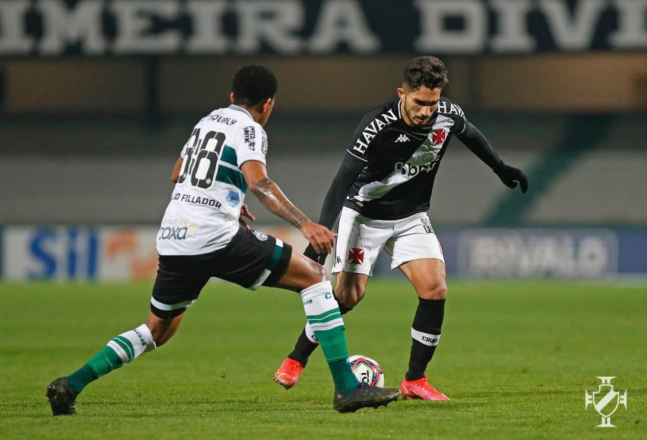 Andrey em jogo contra o Coritiba