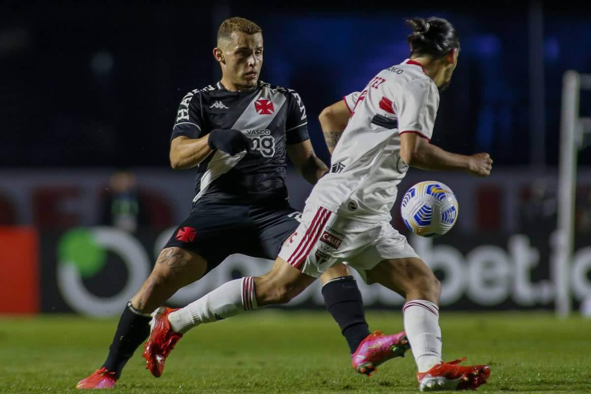 Bruno Gomes durante jogo contra o São Paulo