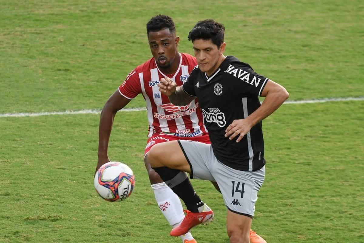 Germán Cano durante o jogo contra o Náutico