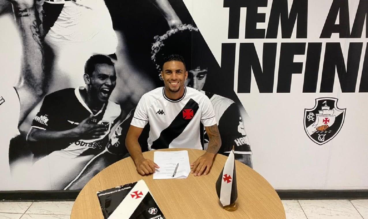 João Menezes renovou com o Vasco até 2024