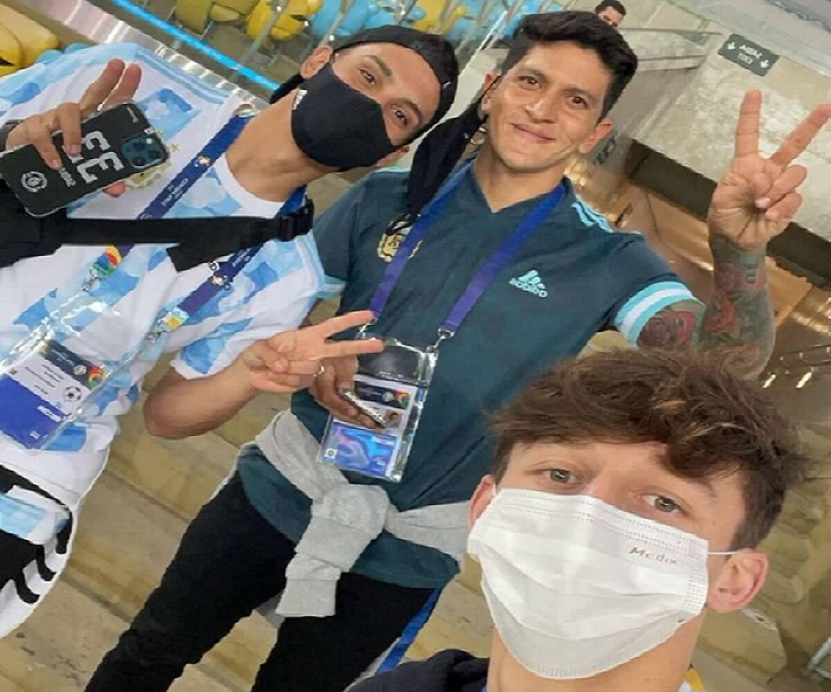 Sarrafiore, Cano e Galarza no Maracanã assistindo à final da Copa América 2021, vencida pela Argentina