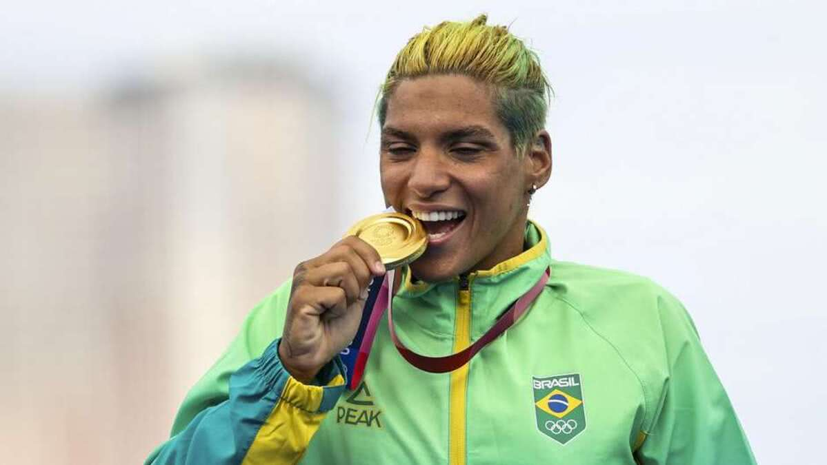 Nadadora Ana Marcela faturou a medalha ouro nos Jogos Olímpicos de Tóquio