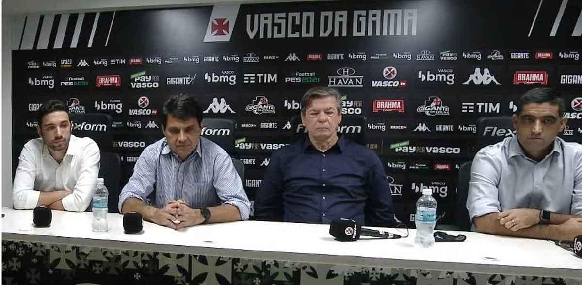 Entrevista coletiva da diretoria do Vasco