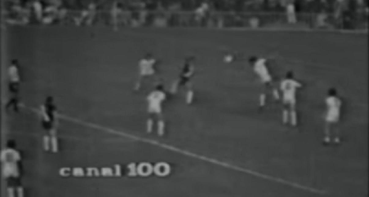 Golaço de Dinamite contra o Santos em 1973