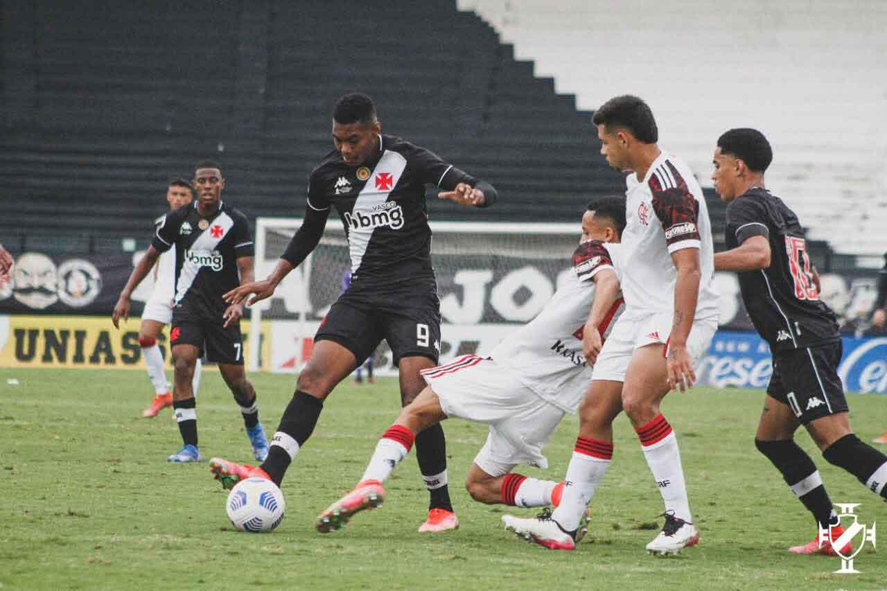 Vasco vence o Flamengo no Brasileiro Sub-17