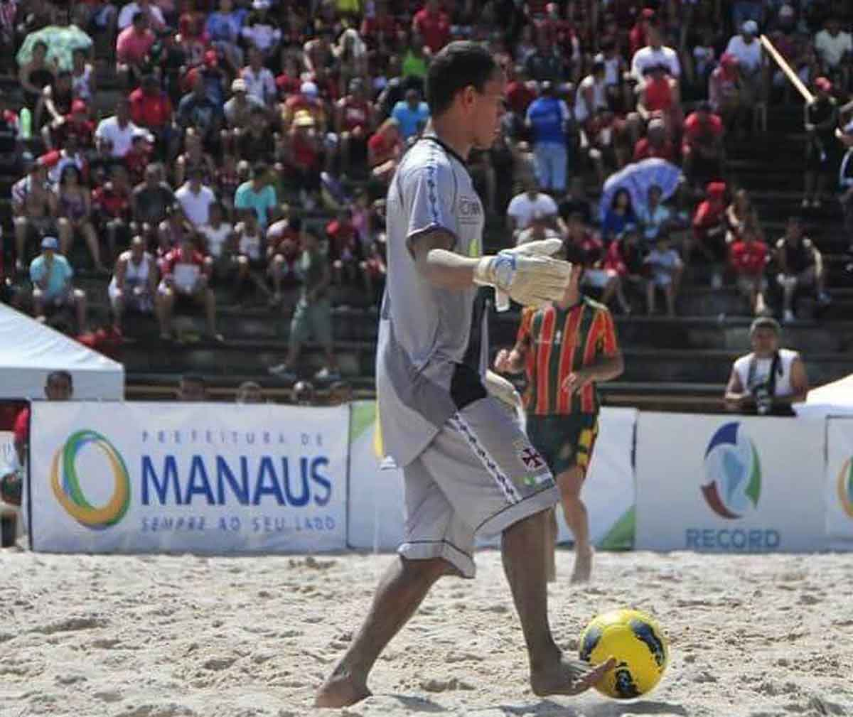 Anailton, goleiro do Vasco Beach Soccer
