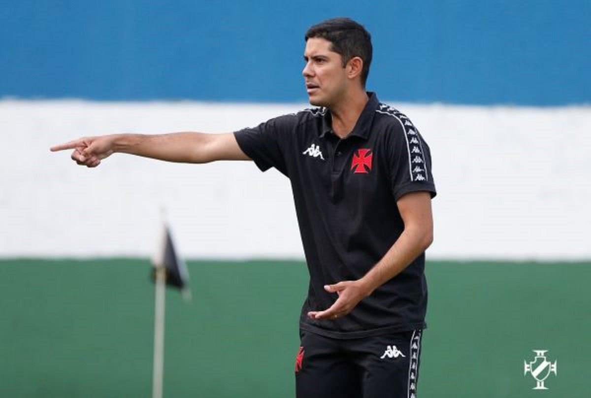 Igor Guerra em jogo contra o Nova Iguaçu