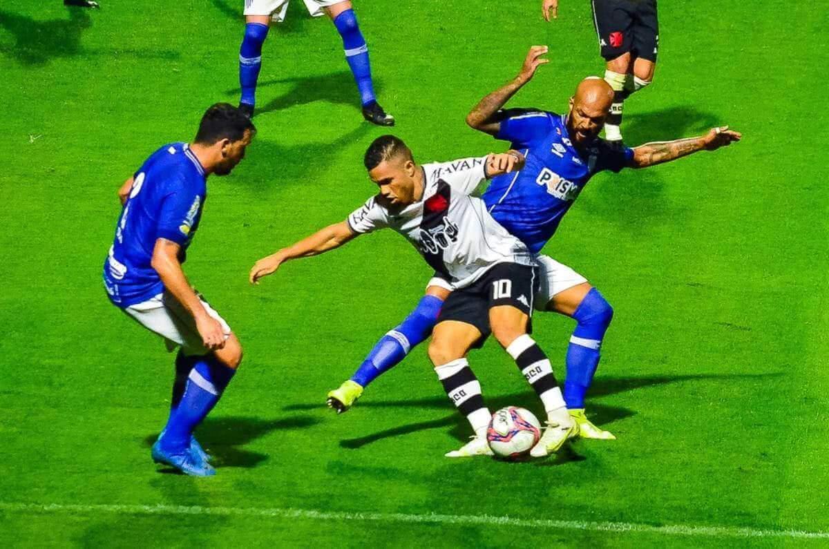 Morato durante o jogo contra o Avaí