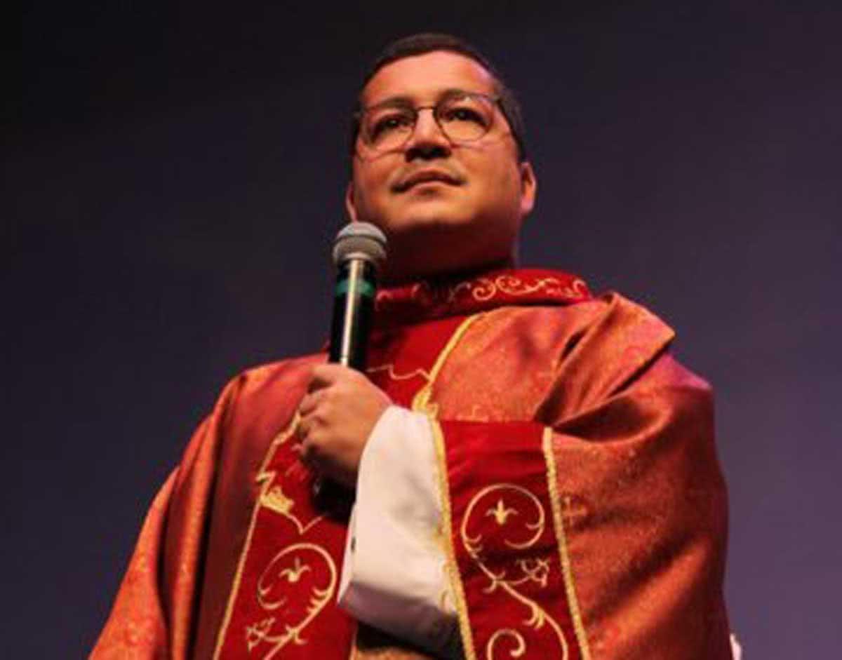 Padre Julinho, torcedor do Vasco