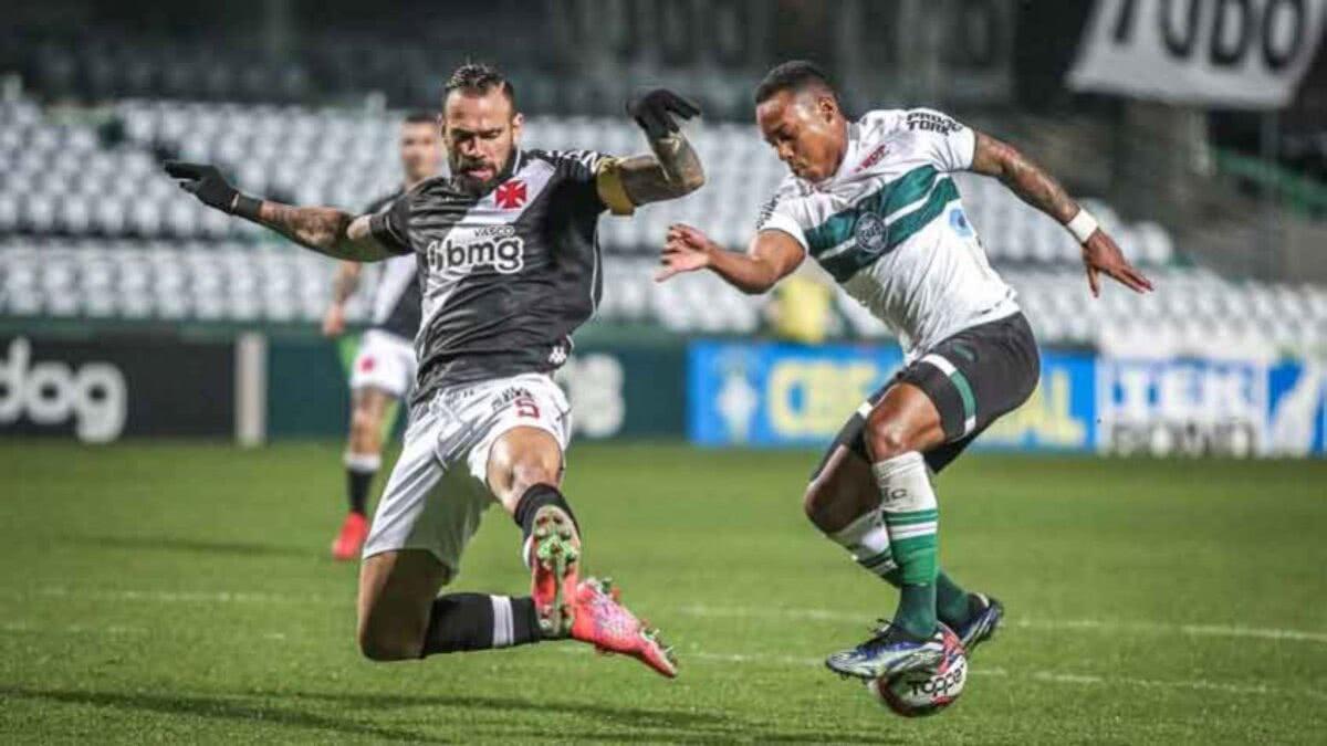 Duelo entre Vasco e Coritiba no primeiro turno da Série B 2021